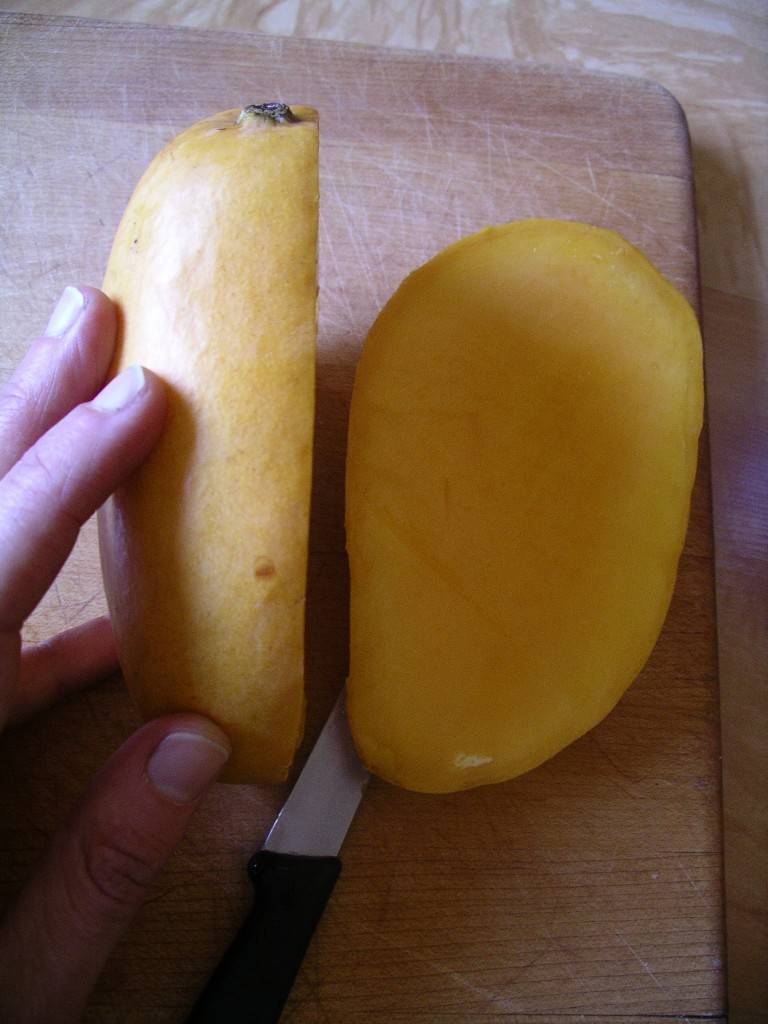 Mango: Cut Side Off
