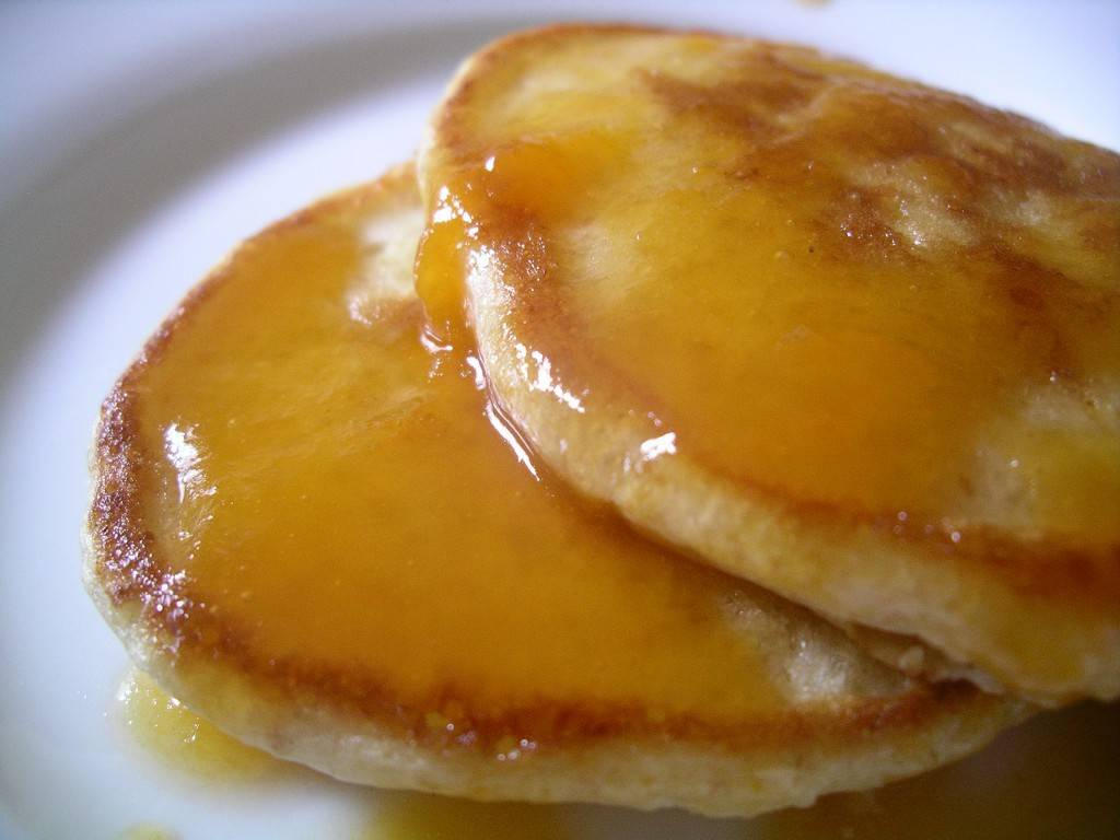 apricot preserves on pancakes