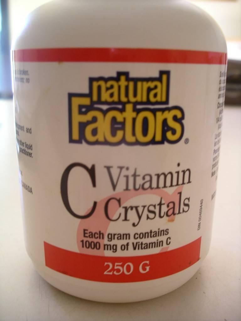 Vitamin C crystals or powder