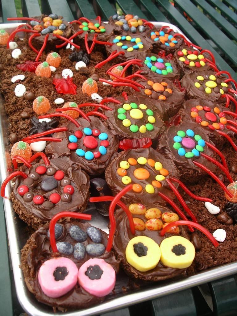Centipede cake