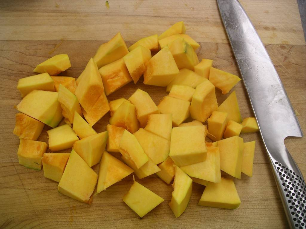 beautiful pile of chopped squash